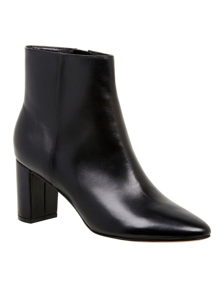 Trin Boots image 2