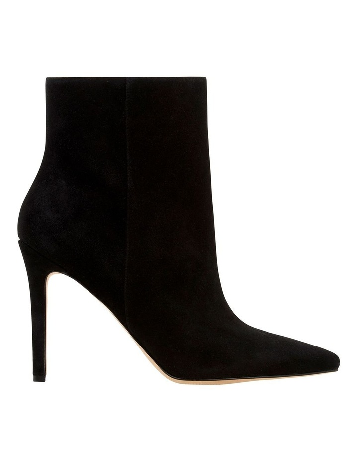 Trendluver Boots image 1