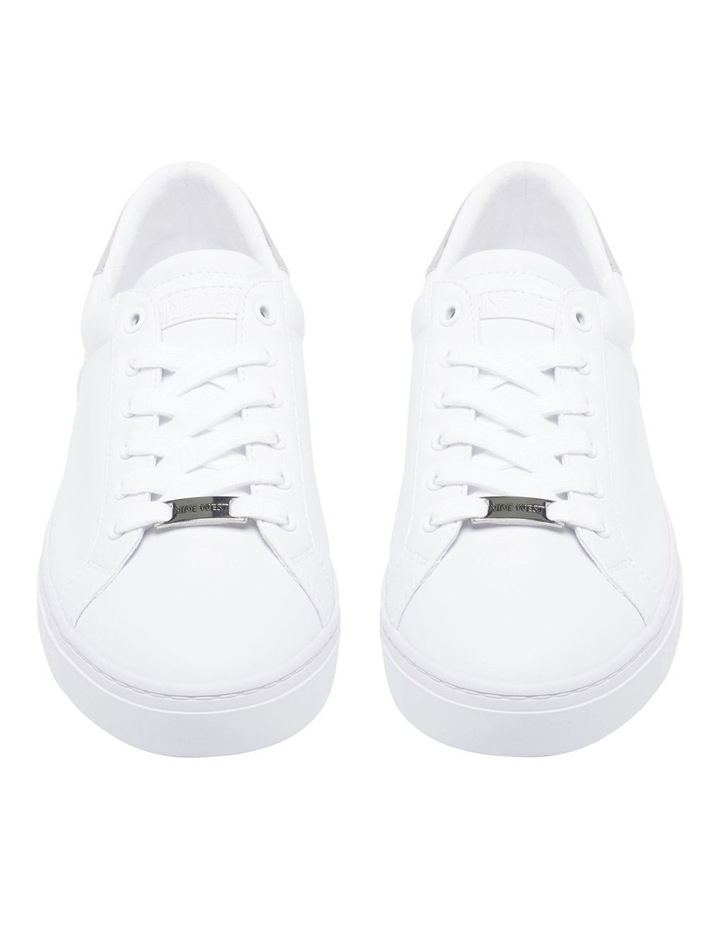 Best Sneaker image 3