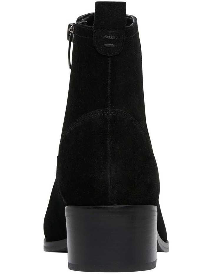 Javan Boots image 4