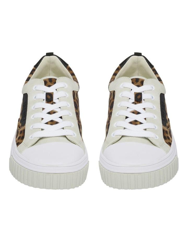 Dewy Sneakers image 3