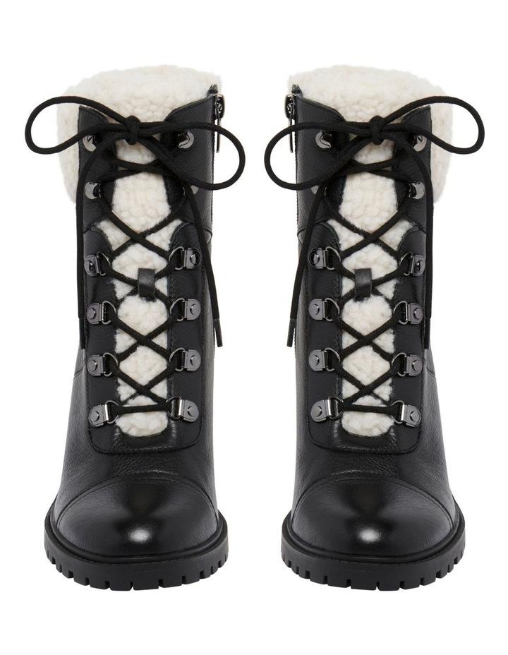 Penni Boots image 3