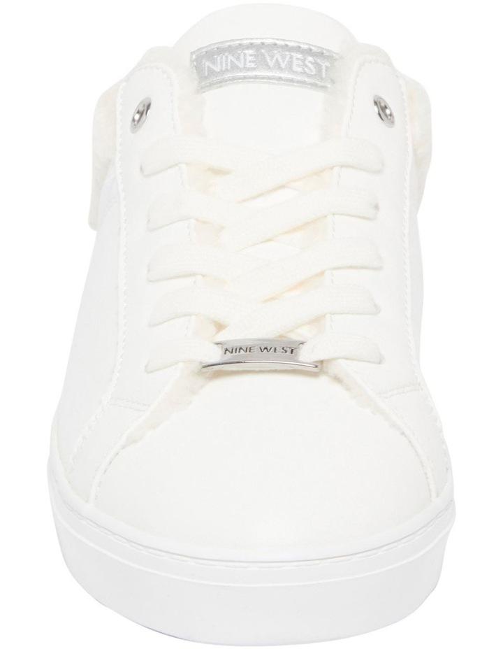 Beezie Sneakers image 3