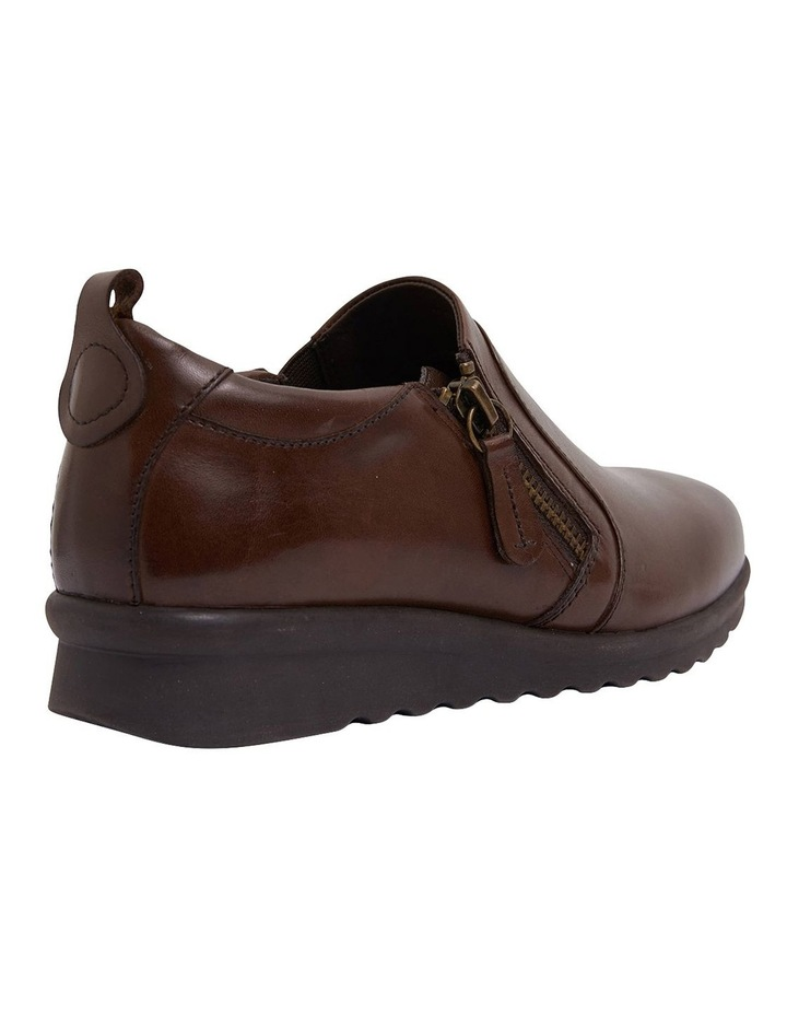 Noble Brown Glove Sneaker image 4
