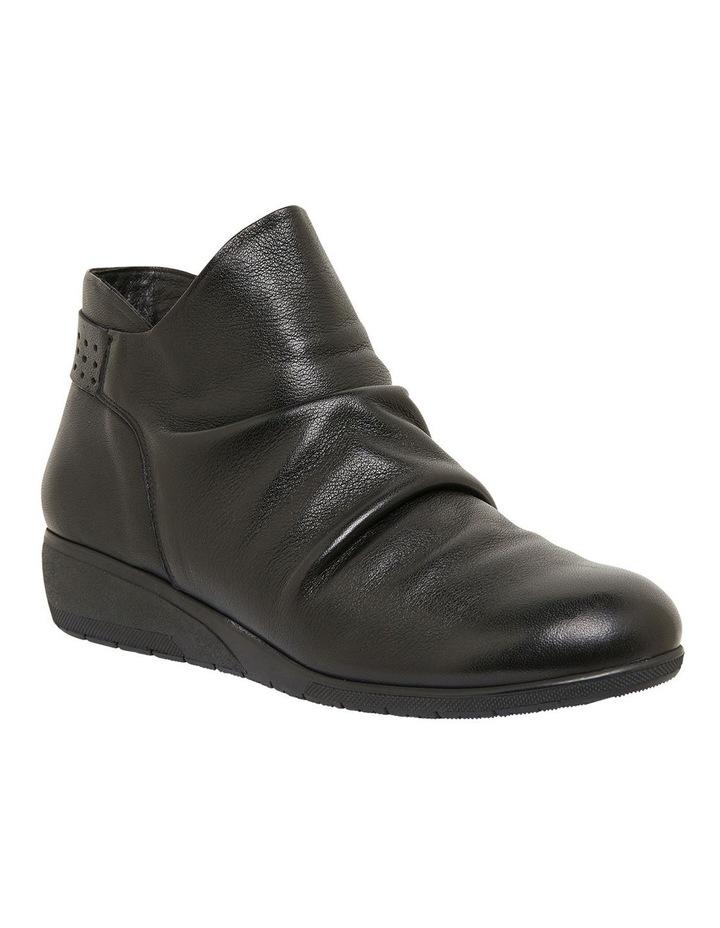 Fairway Black Glove Boots image 2