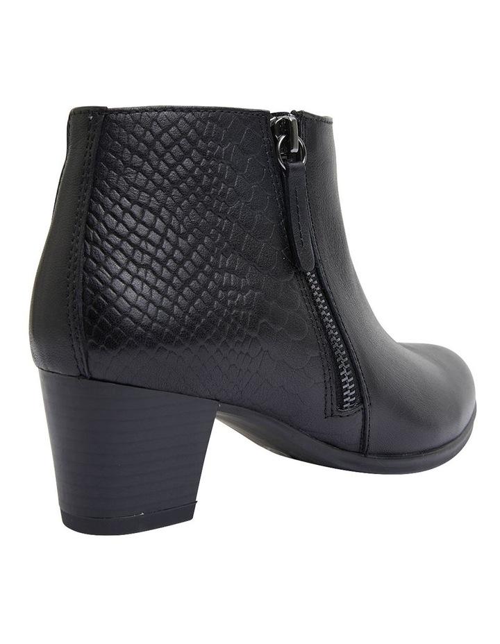 Beckett Black Glove Boots image 4
