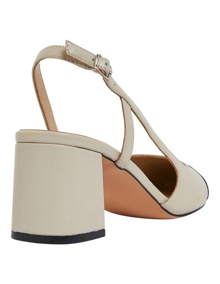Chapter Black Glove / Ivory Heeled Shoes image 4