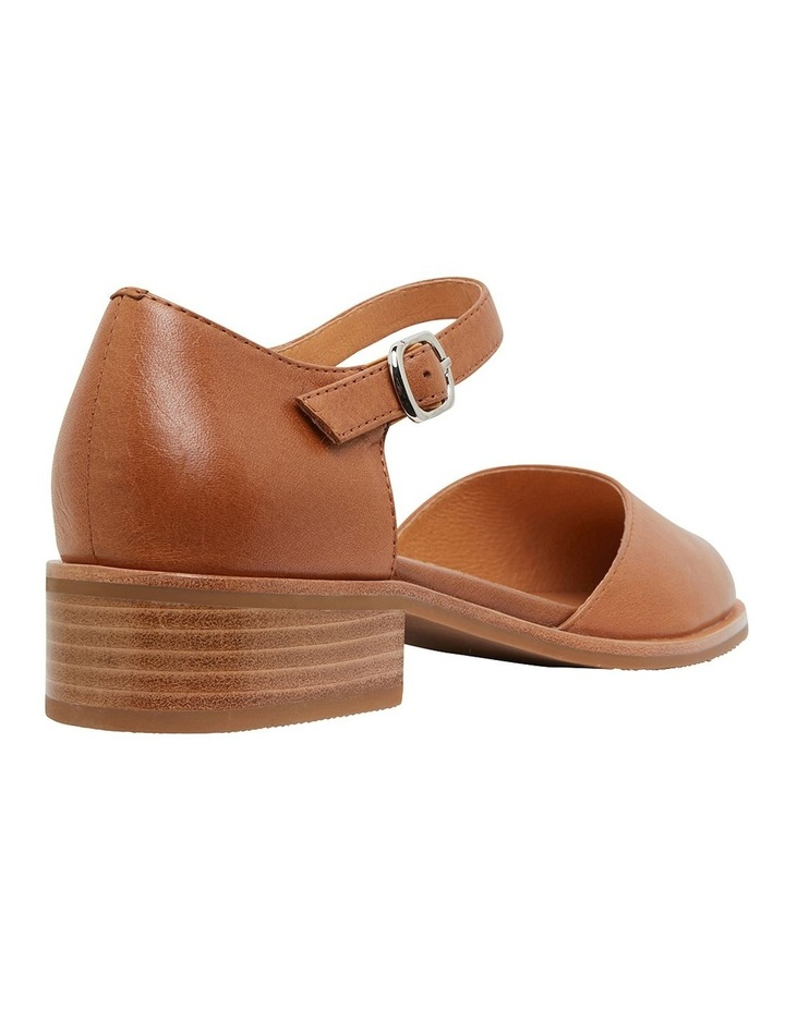 Jesinta Cognac Glove Flat Shoes image 4