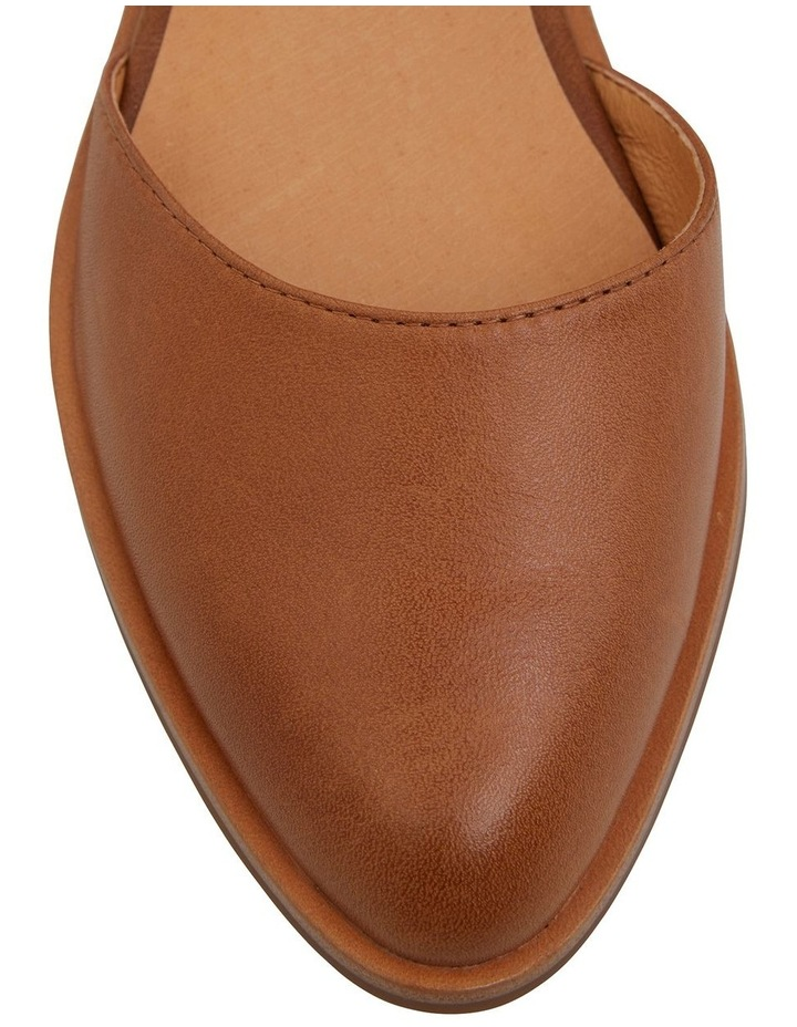 Jesinta Cognac Glove Flat Shoes image 6