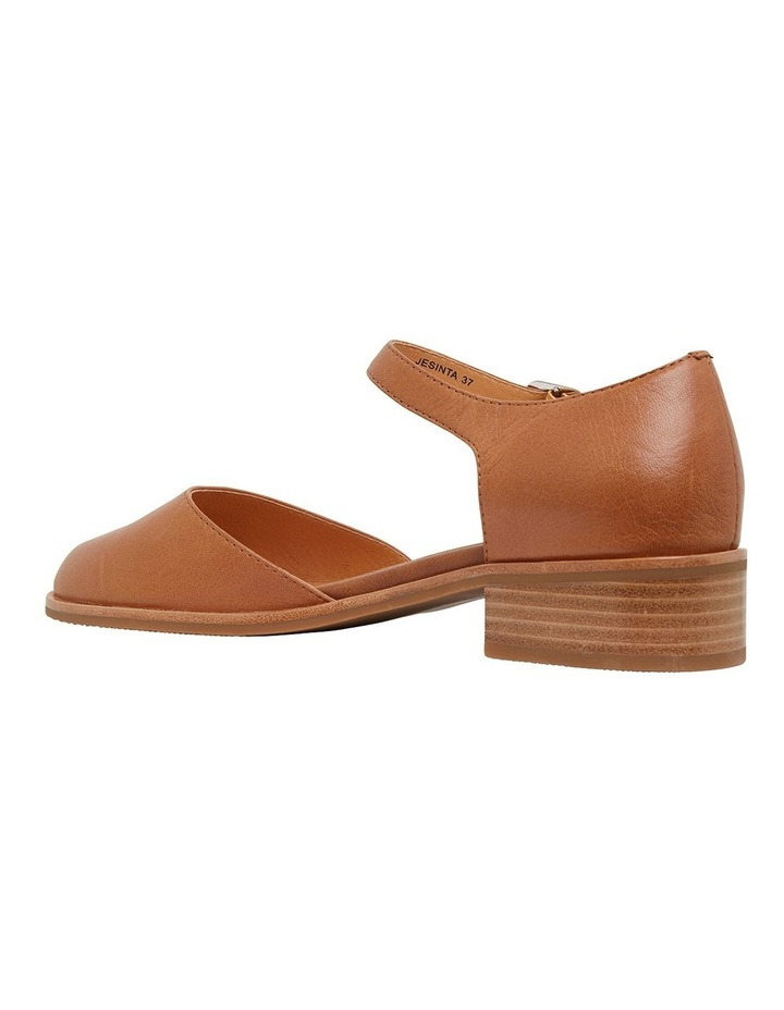 Jesinta Cognac Glove Flat Shoes image 7