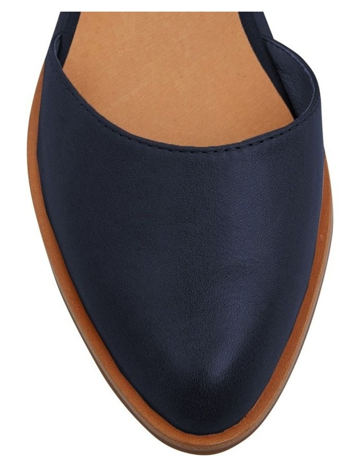 Jesinta Navy Glove Flat Shoes image 5