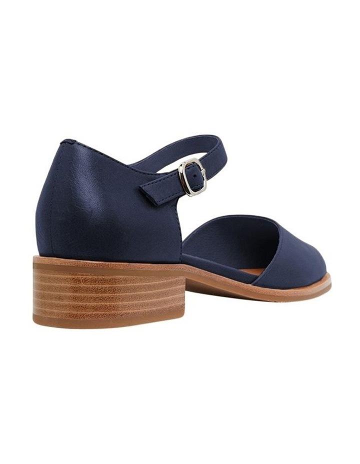 Jesinta Navy Glove Flat Shoes image 6