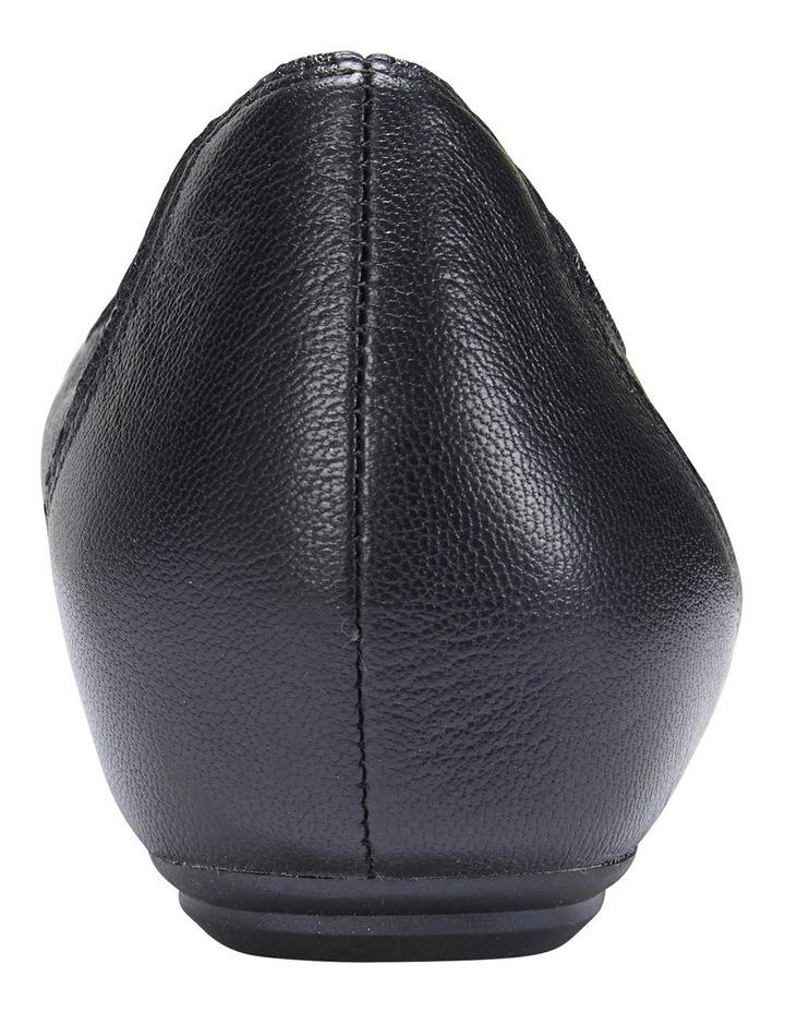 Pamper Black Glove Flat Shoes image 6