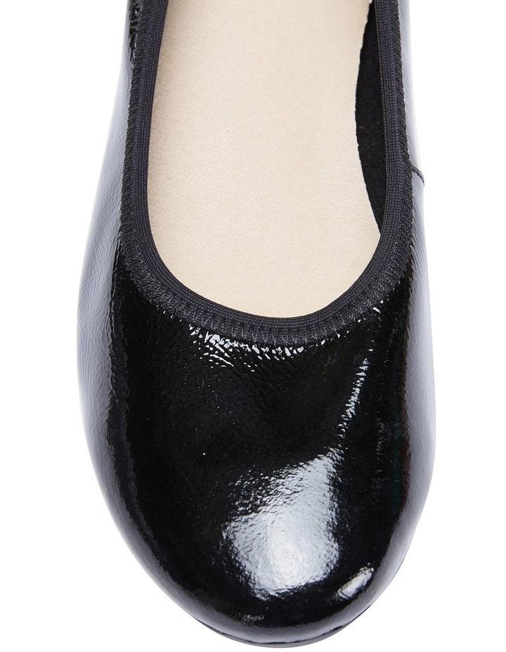 Pamper Black Crinkle Patent Flat Shoes image 7