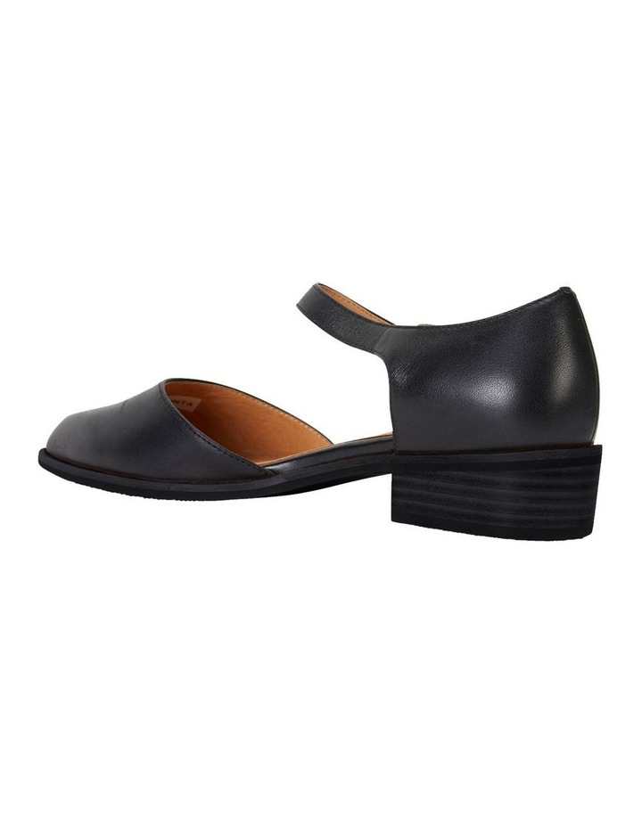 Jesinta Black Glove Flat Shoes image 4
