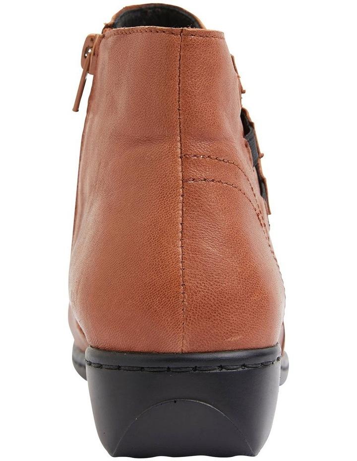 Valiant Tan Glove Boots image 3