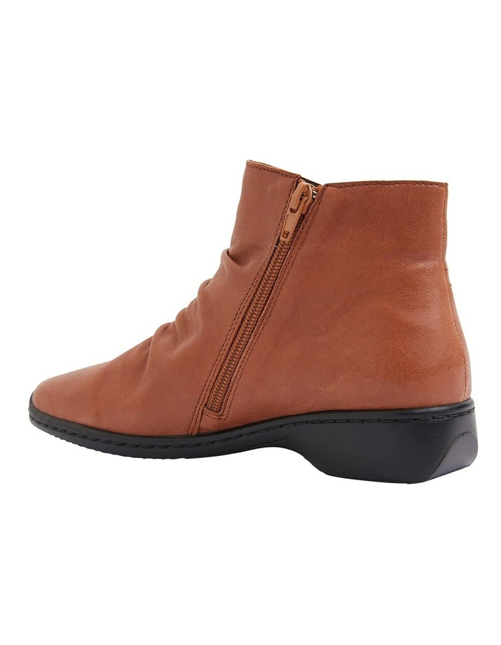 Valiant Tan Glove Boots image 4