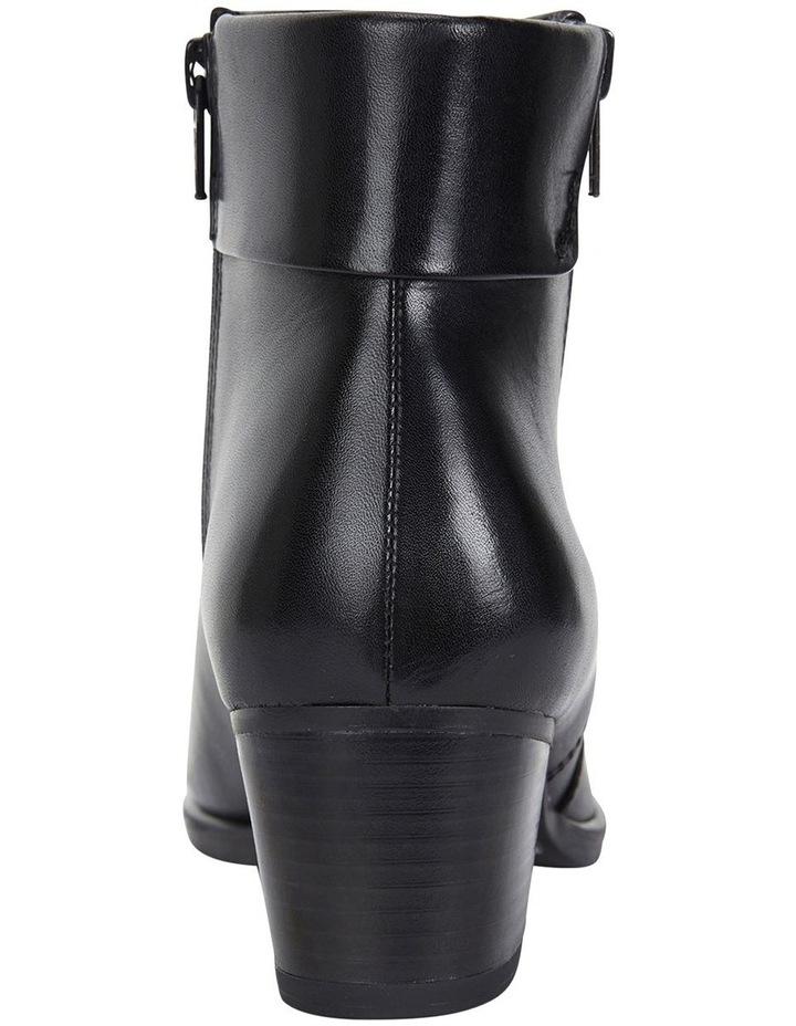 Tenor Black Glove Boots image 6
