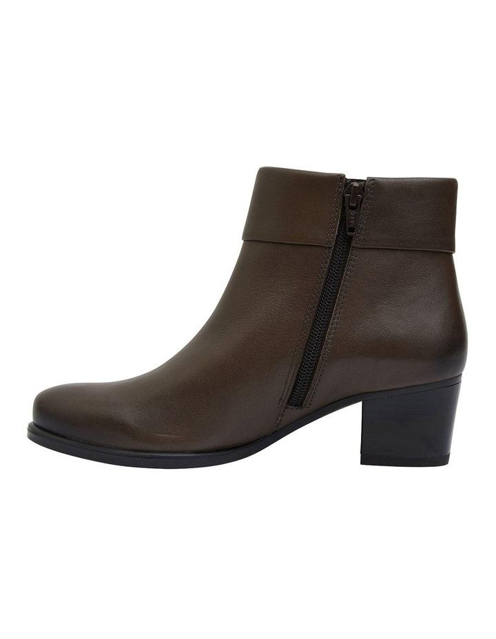 Tenor Khaki Glove Boots image 3