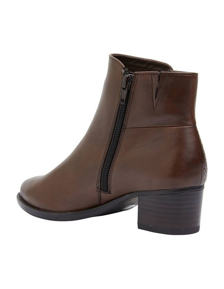 Dapper Brown Glove Boots image 5