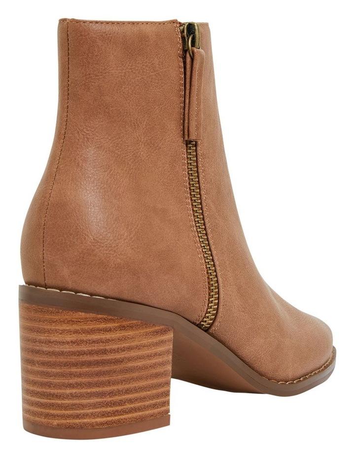 Savanna Tan Smooth Boots image 4