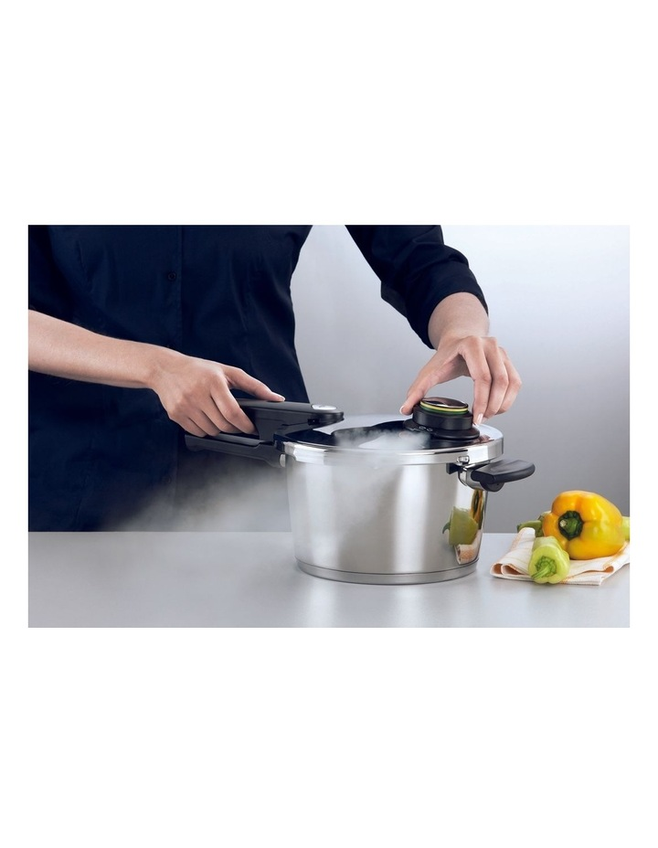 Vitavit Premium 4.5L/2cm Pressure Cooker with Perforated Insert image 2