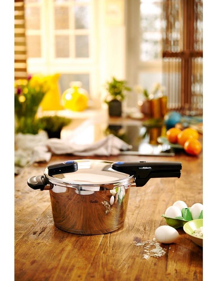 Vitaquick Pressure Cooker 6Ltr/22cm image 2