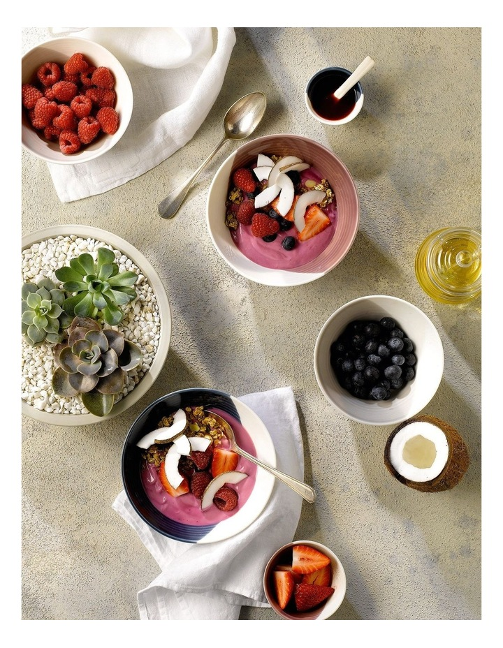 Bowls of Plenty Plate 28cm (Set of 4) image 5