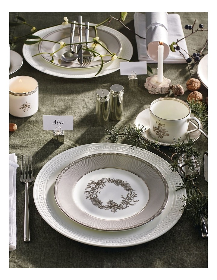 Christmas Plates 20cm Set of 4 image 2
