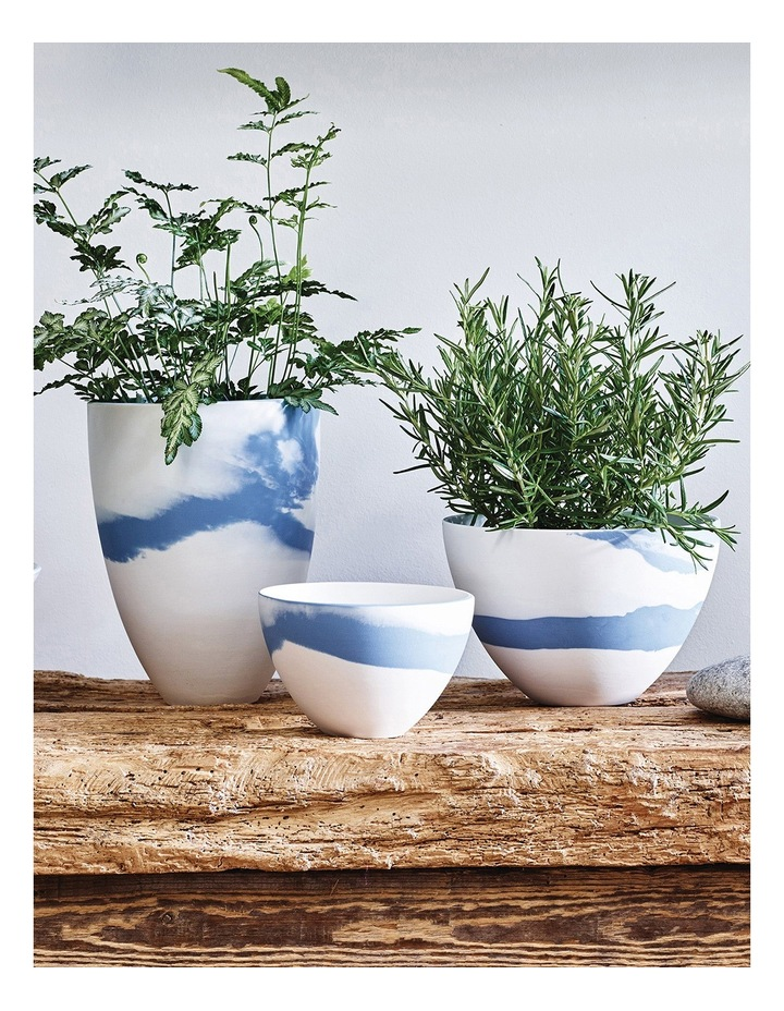 Blue Pebble Bowl 18cm image 2