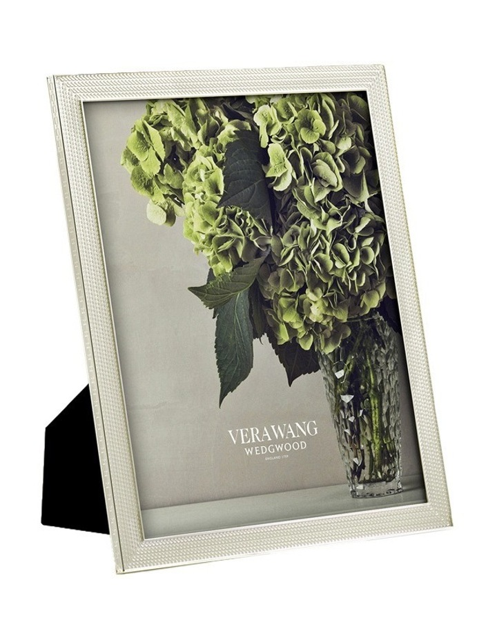 """Vera Wang With Love Pearl Frm 8""""X10"""" image 1"""