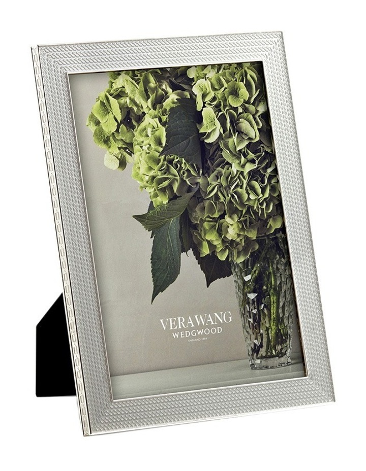 """Vera Wang With Love Silver Frame 5""""X7"""" image 1"""