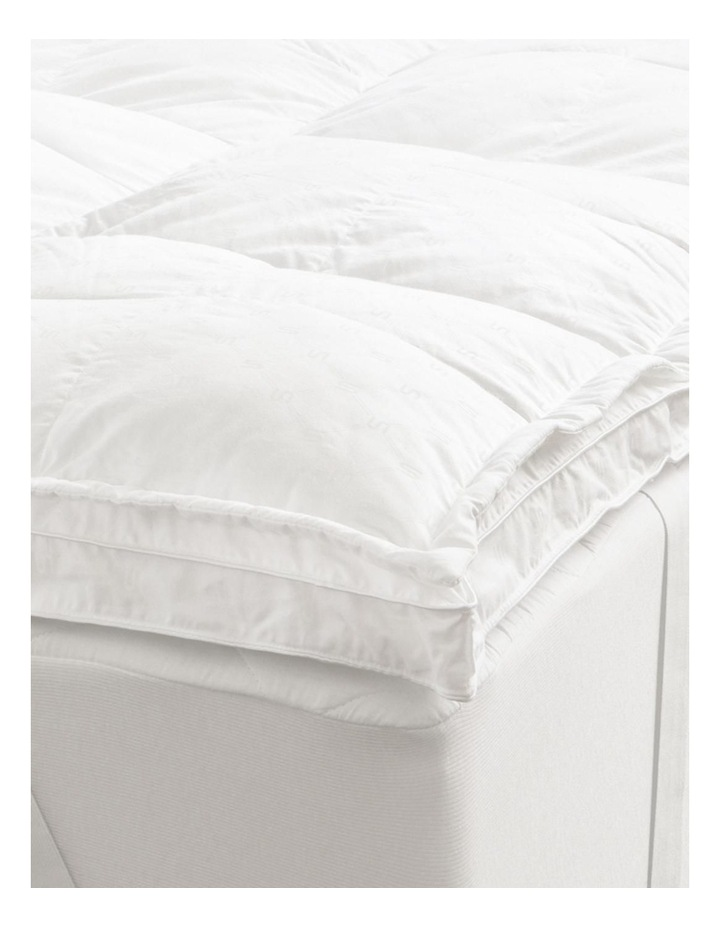 Deluxe Dream Polyester Mattress Topper image 2