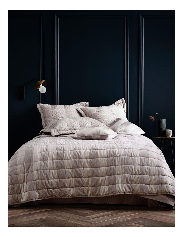 Hopkins Bed Cover image 3
