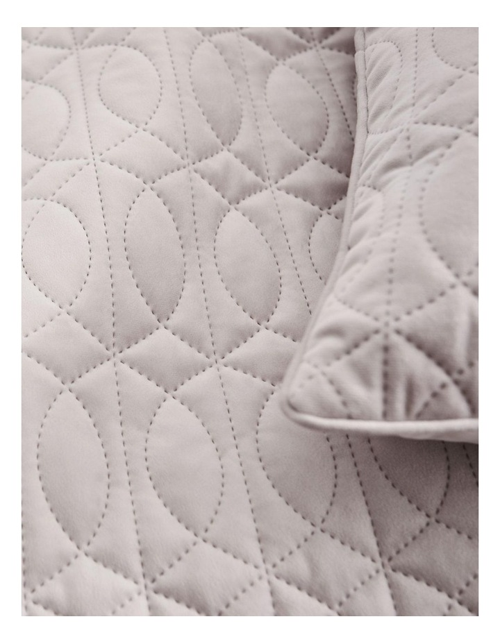 Mandell Bed Cover image 2