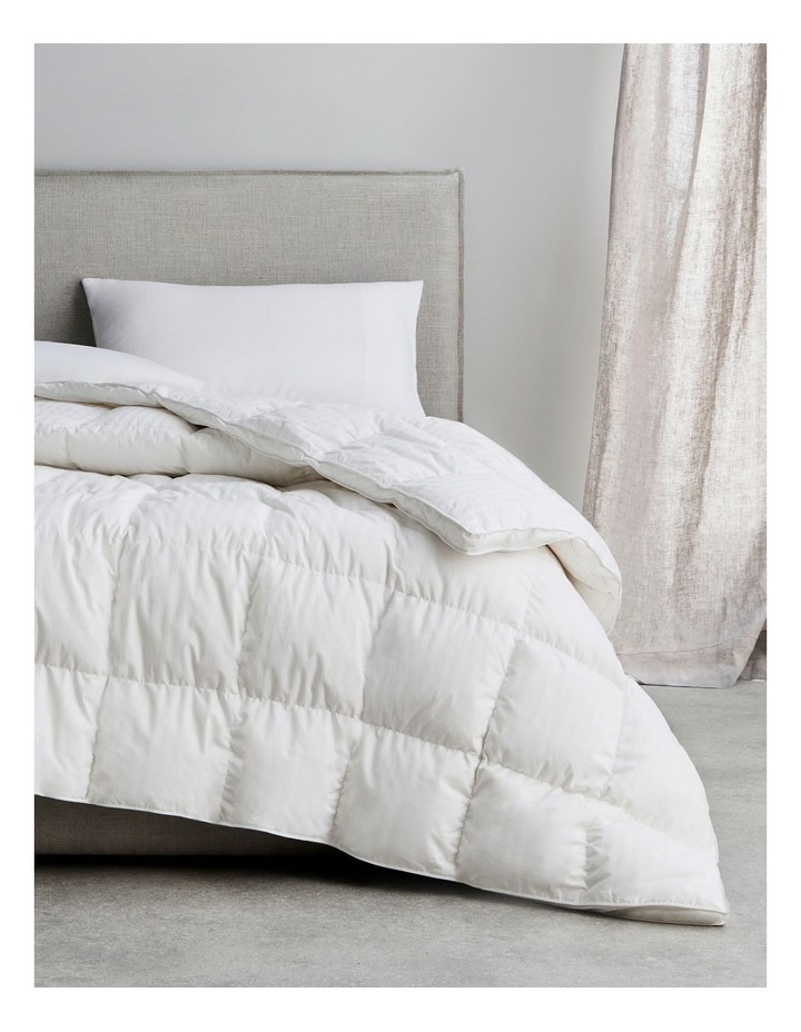Ultimate Dream Feather & Down Quilt Snow image 1