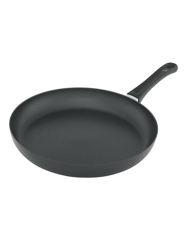 Classic 32cm Fry Pan image 1
