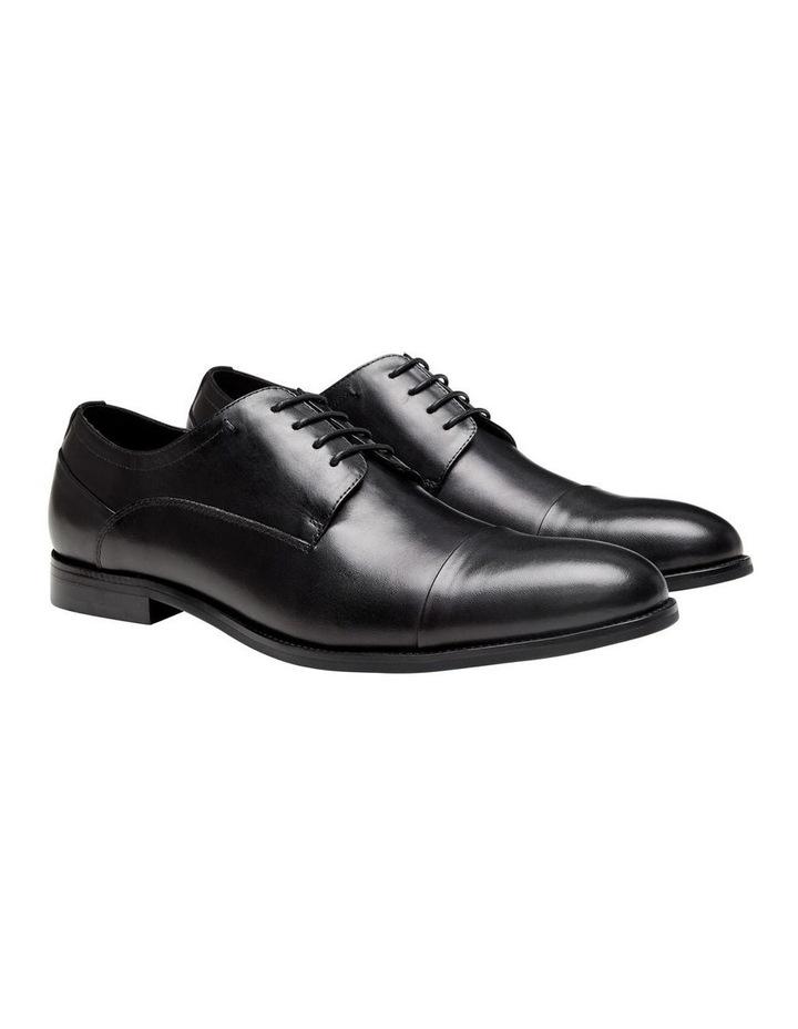 Gatwick Shoe image 2