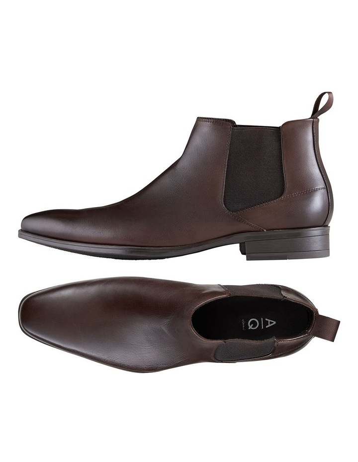 Haywood Leather Chelsea Boots image 2