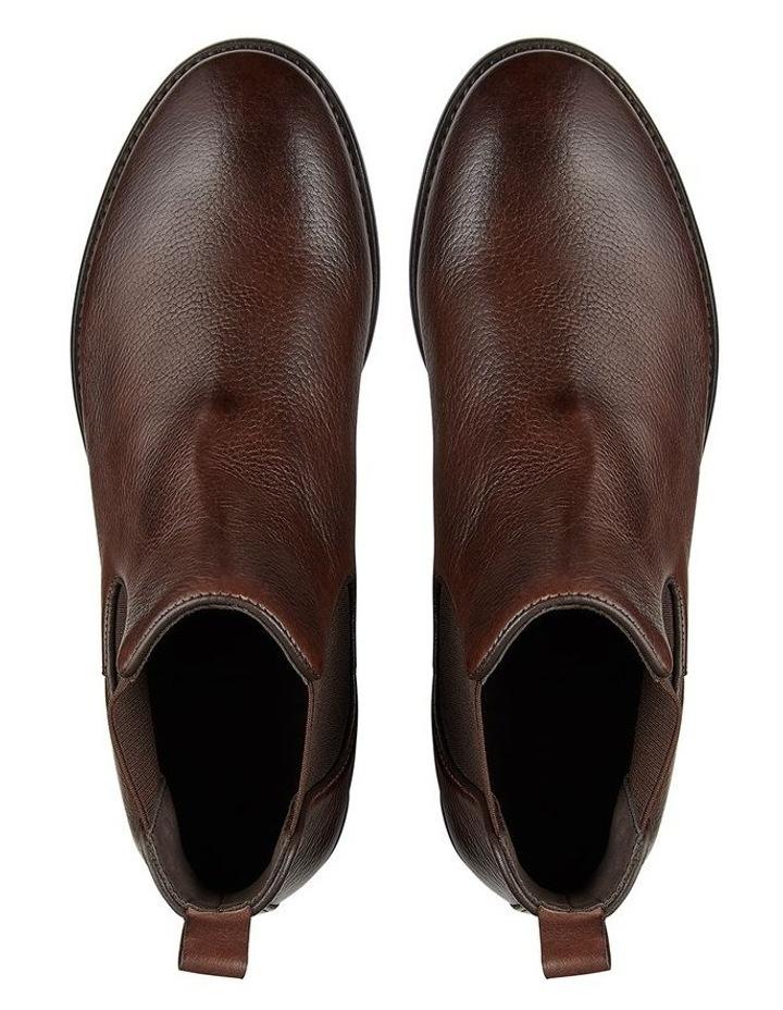 Hoskea Leather Chelsea Boots image 2