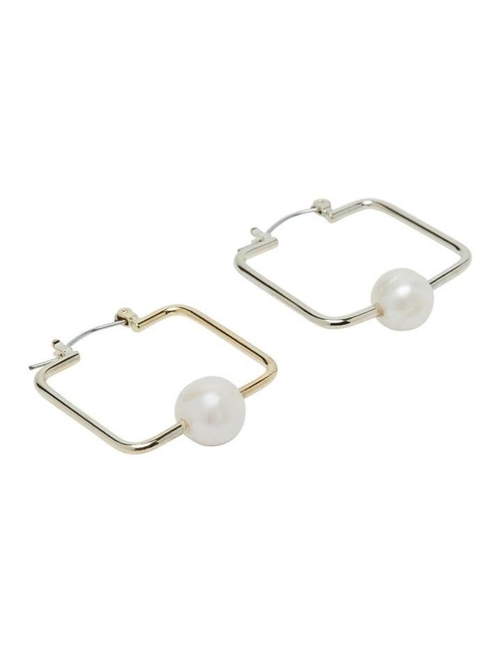 Bonita Square Pearl Earrings image 2