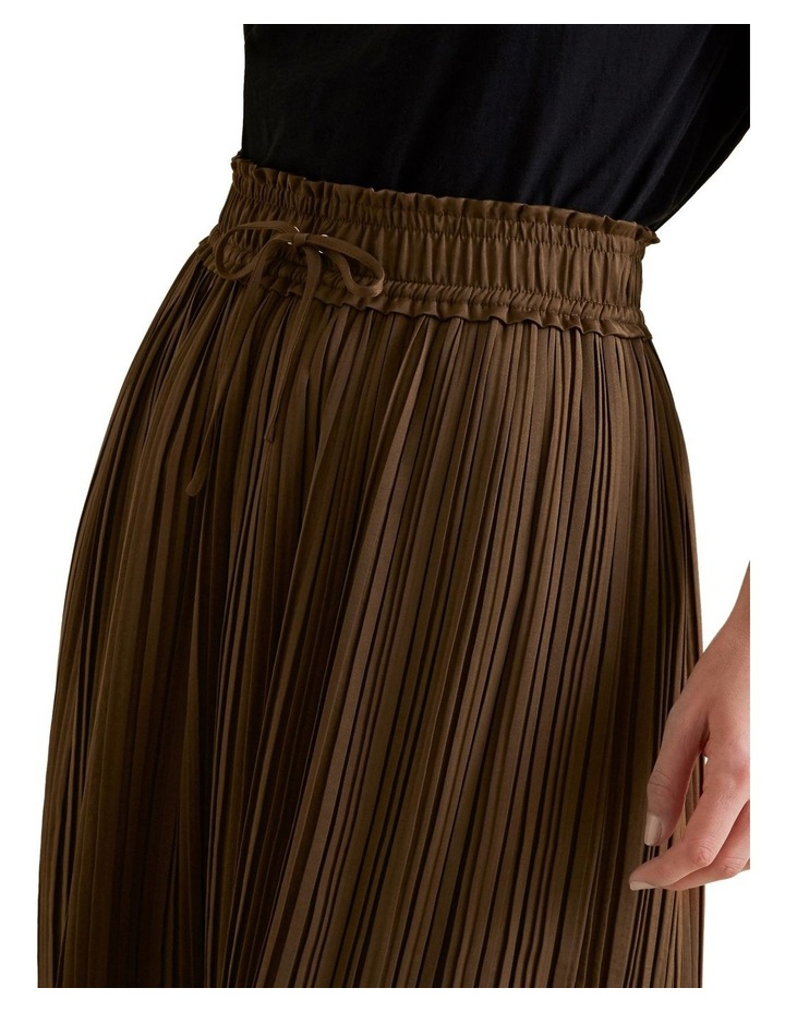 Pleat Detail Skirt image 4