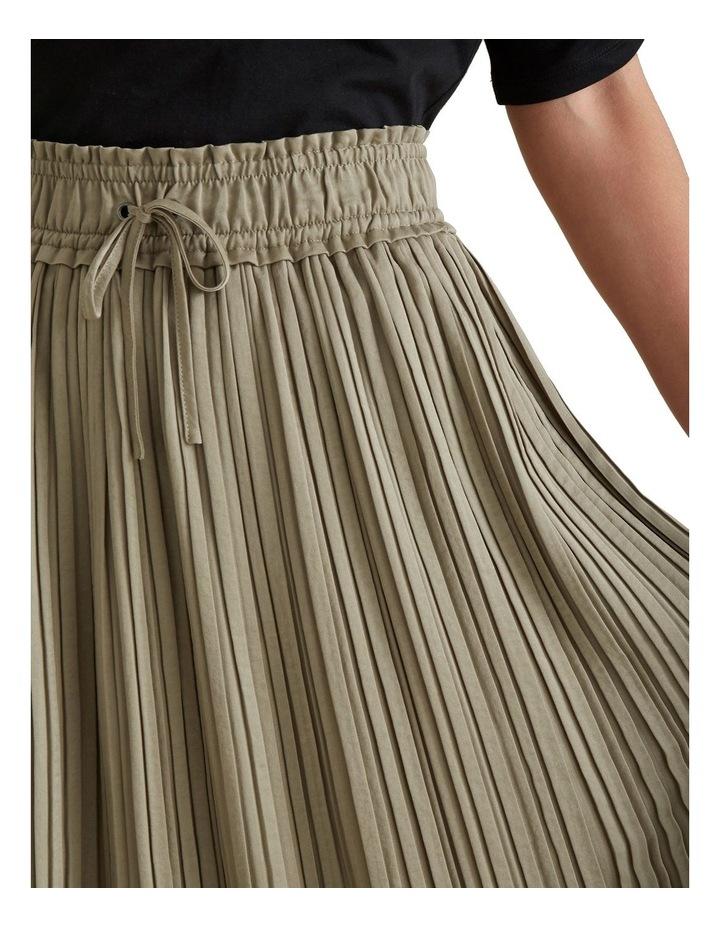 Pleat Detail Skirt image 4