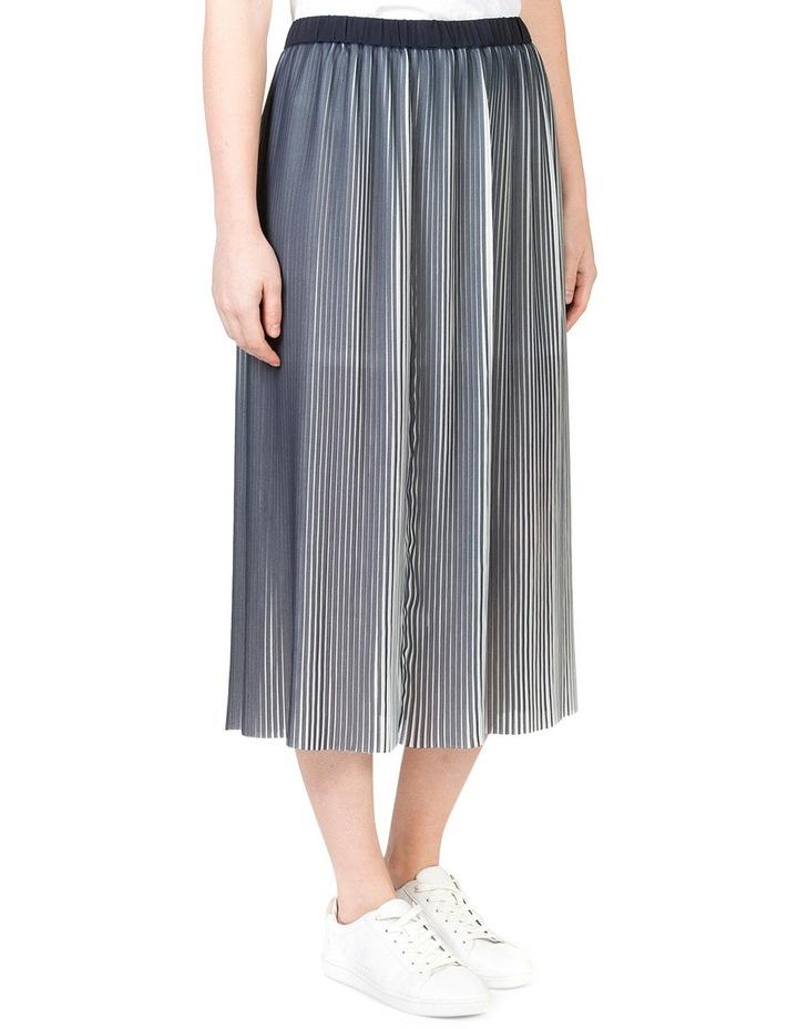 Pleat Swing Skirt image 2