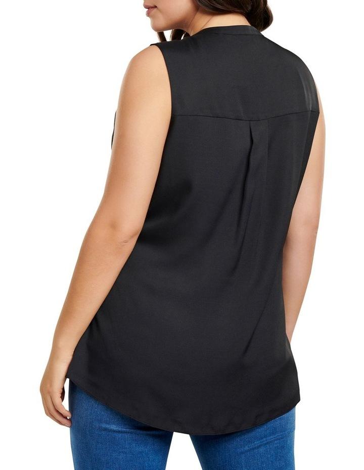 Lilly Curve Sleeveless Shirt image 4