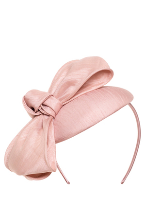 Review - Amore Hat