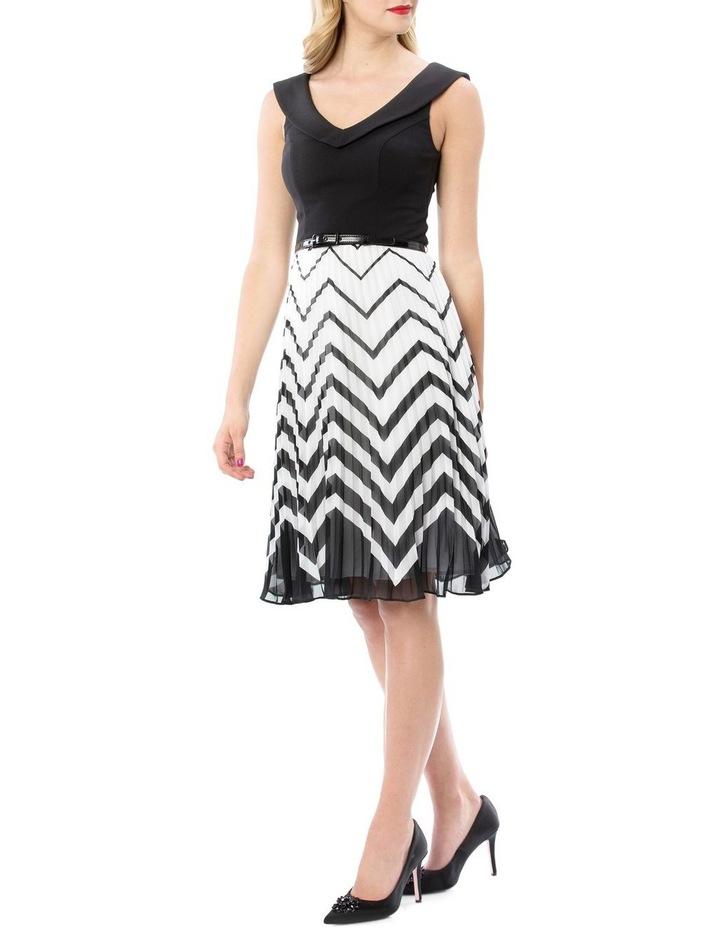 En Vogue Dress image 2