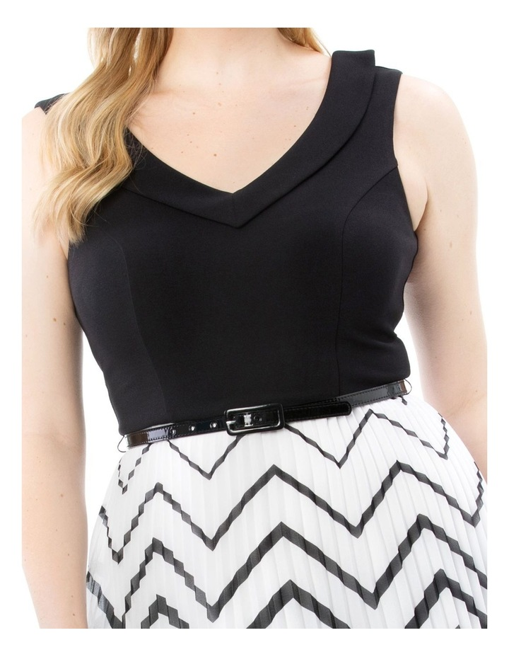 En Vogue Dress image 6