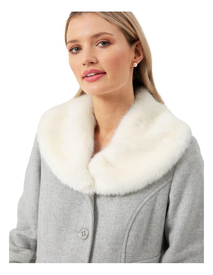 Karolina Coat image 3