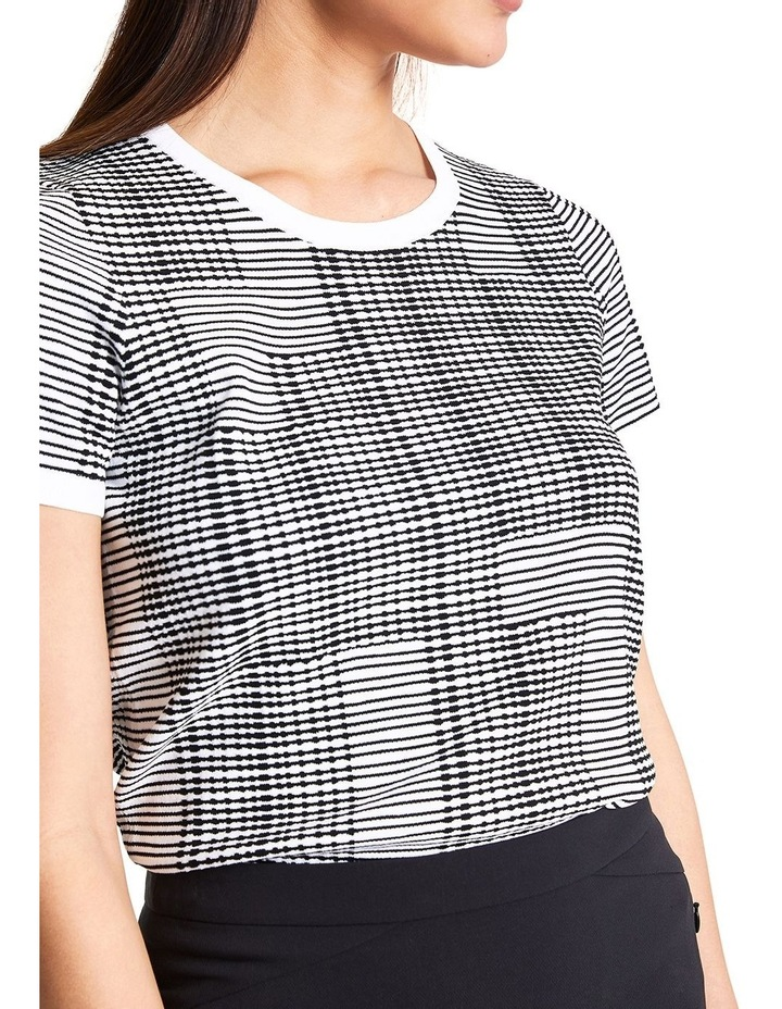 Graphic Stripe Knit image 3